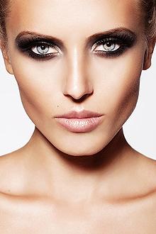 Модный макияж глаз весна – лето 2012