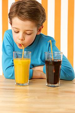 ребенок, сок, трубочка, мальчик, стакан