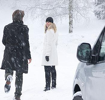 Девушка и парень зима картинки