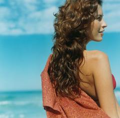 Процедуры для волос перед поездкой на море