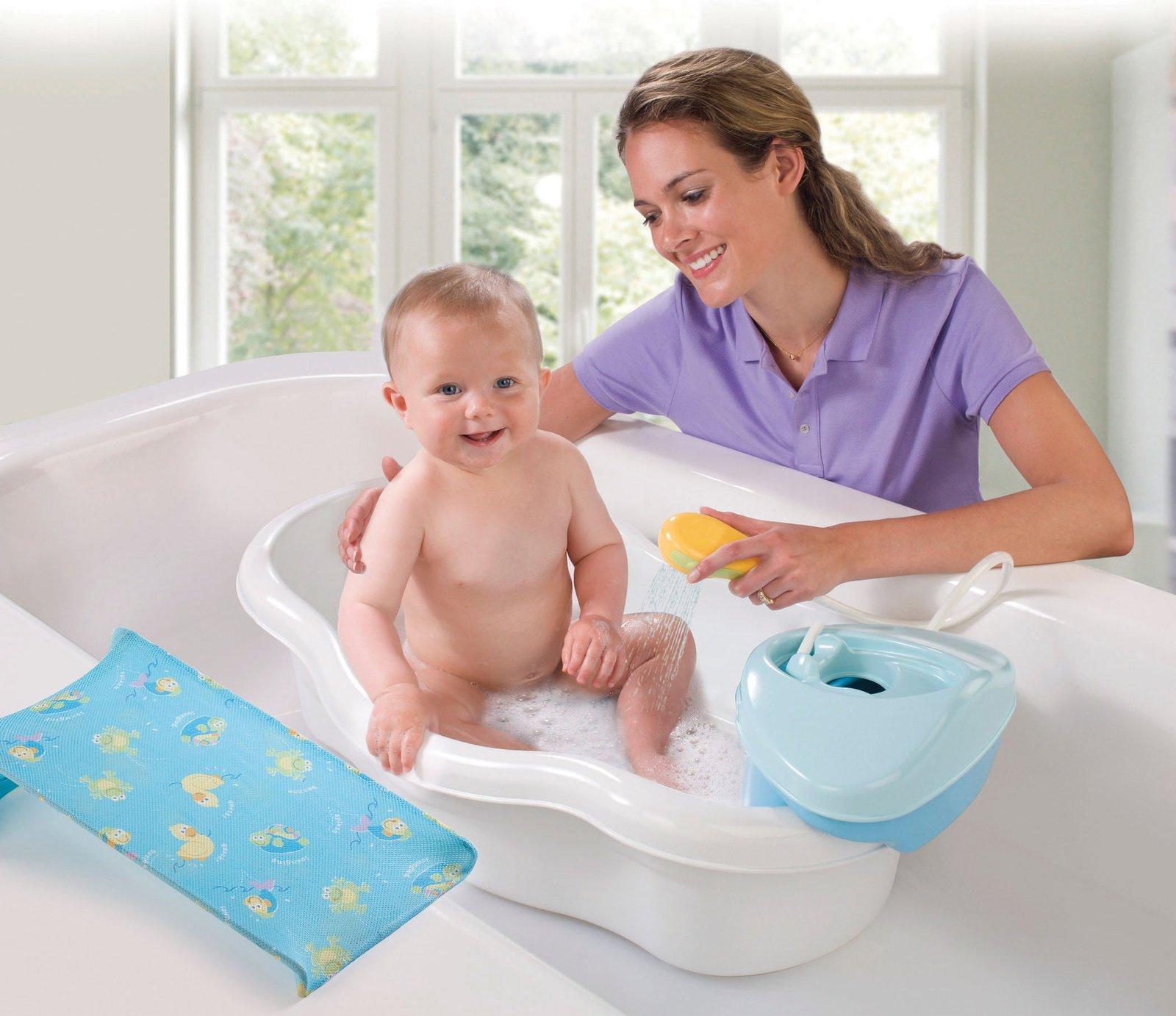 Сын моется дома 1 фотография
