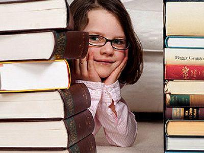 девочка, ребенок, учеба, книги, очки, школа