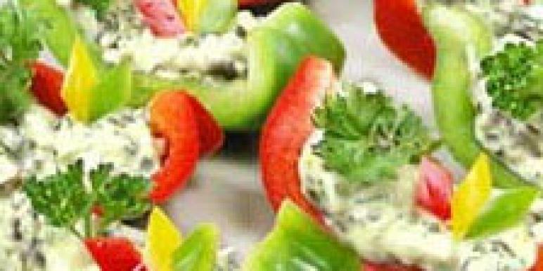 Сервировка новогодних салатов