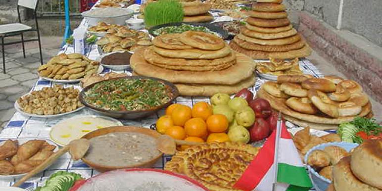 Азербайджанская кухня - 12  самых популярных блюд