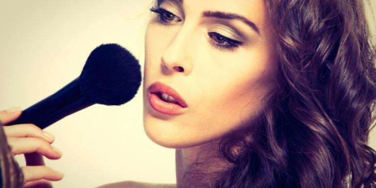 Как надолго сохранить свежесть макияжа? Секреты красоты