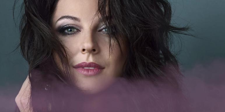 Интервью с певицей Наталией Власовой: «Должна быть в женщине какая-то загадка…»