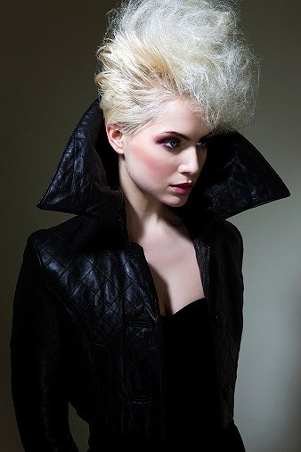 Женские куртки весна 2011