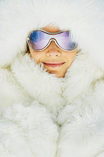 Девушка в очках зимой картинки
