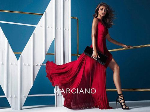 ... осень-зима 2014 2015 от бренда Marciano, который принадлежит компании  Guess. Летящие шифоновые платья в пол глубокого черного и спокойного  красного ... 6c097e1dad7