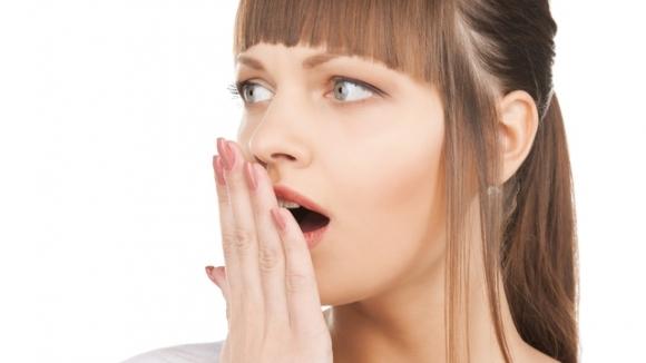запах изо рта повышенная температура