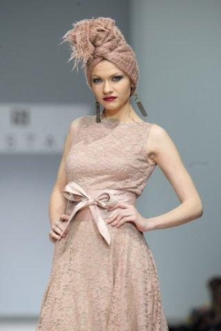 Показ коллекции Parisienne марки RUSTAM на Volvo Fashion week изоражения