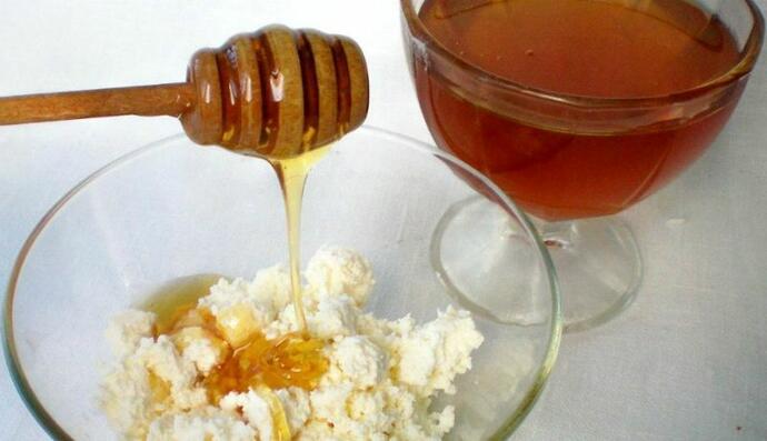 творог и мед