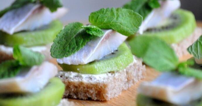 Бутерброды с бородинским хлебом