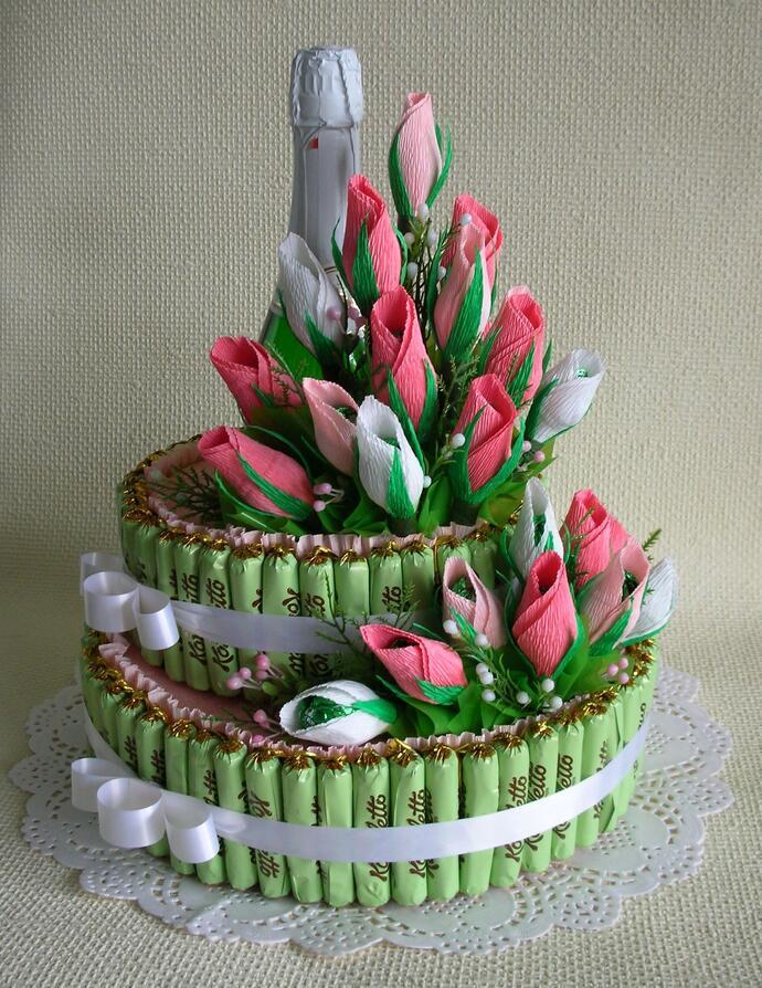 декорирование шампанского тюльпанами