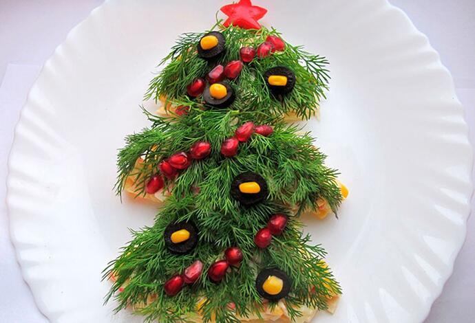 салат«Новогодняя елочка»