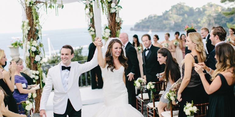 Секс жениха с девушкой на свадьбе