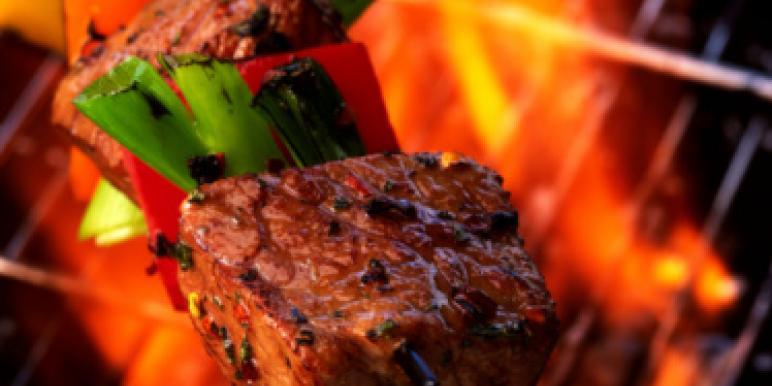 Шашлык из говядины - 5 вкусных рецептов