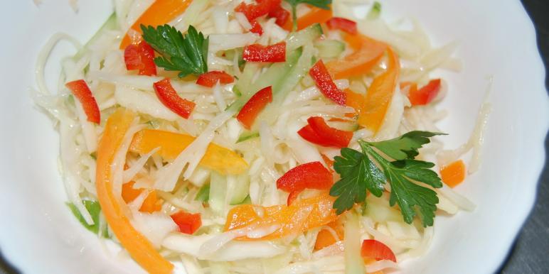 салат из капусты со сладким перцем на зиму