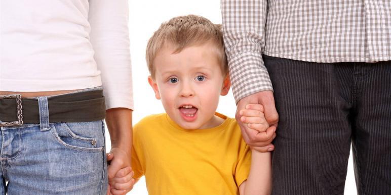 рассказы про усыновление детей рассматривал лица