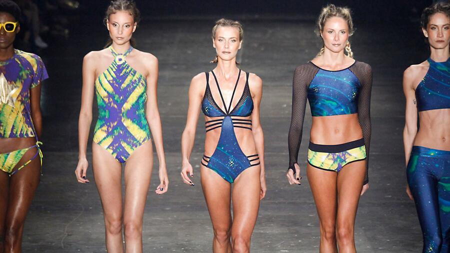 fd4afda616bbb Чтобы не отставать от модных тенденций грядущего курортного сезона, стоит  заранее узнать о том, какими будут модные женские купальники 2017.