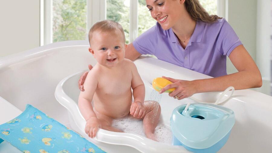 Закаливание детей первого года жизни